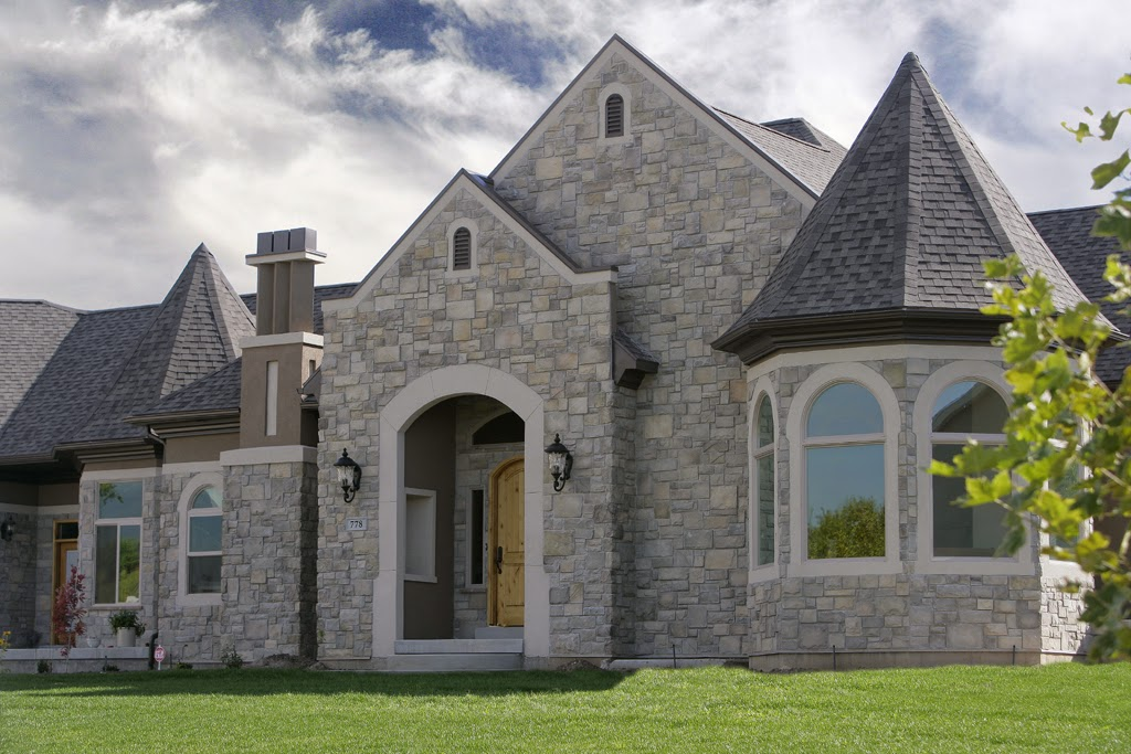 Stones for castle style homes hearth and home for Castle modular homes