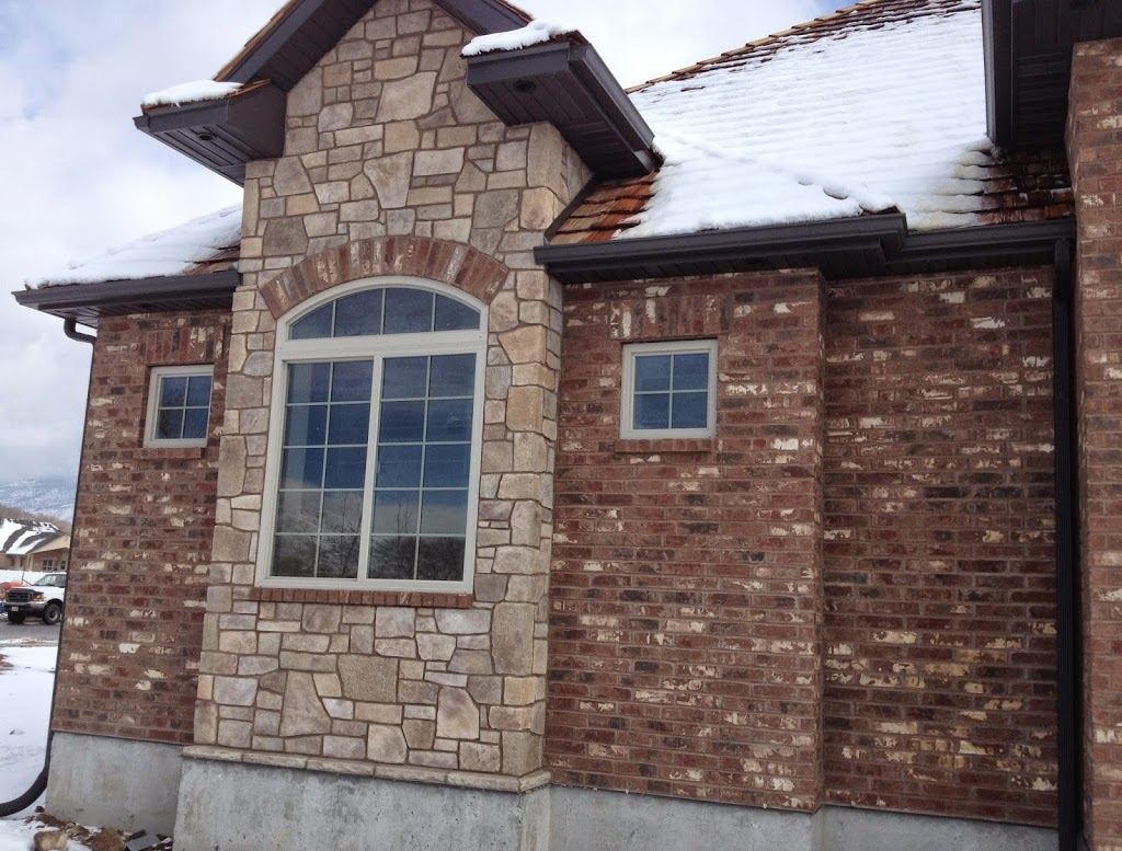 Exterior window trim ideas 2bwith vinyl siding - We Have Some Gorgeous Ideas Of The Many Ways You Can Trim It With Brick