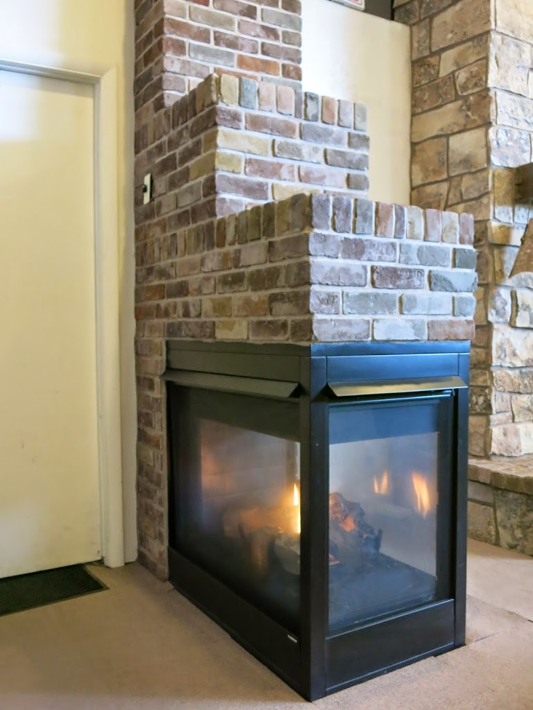Stone Amp Brick With Peninsula Fireplaces Hearth And Home