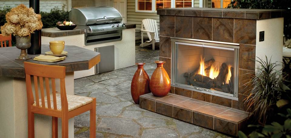 Quadra-Fire Dakota Gas Fireplace