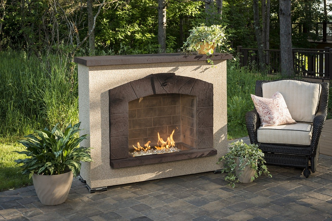 Outdoor Greatroom Company Stone Arch Gas Fireplace