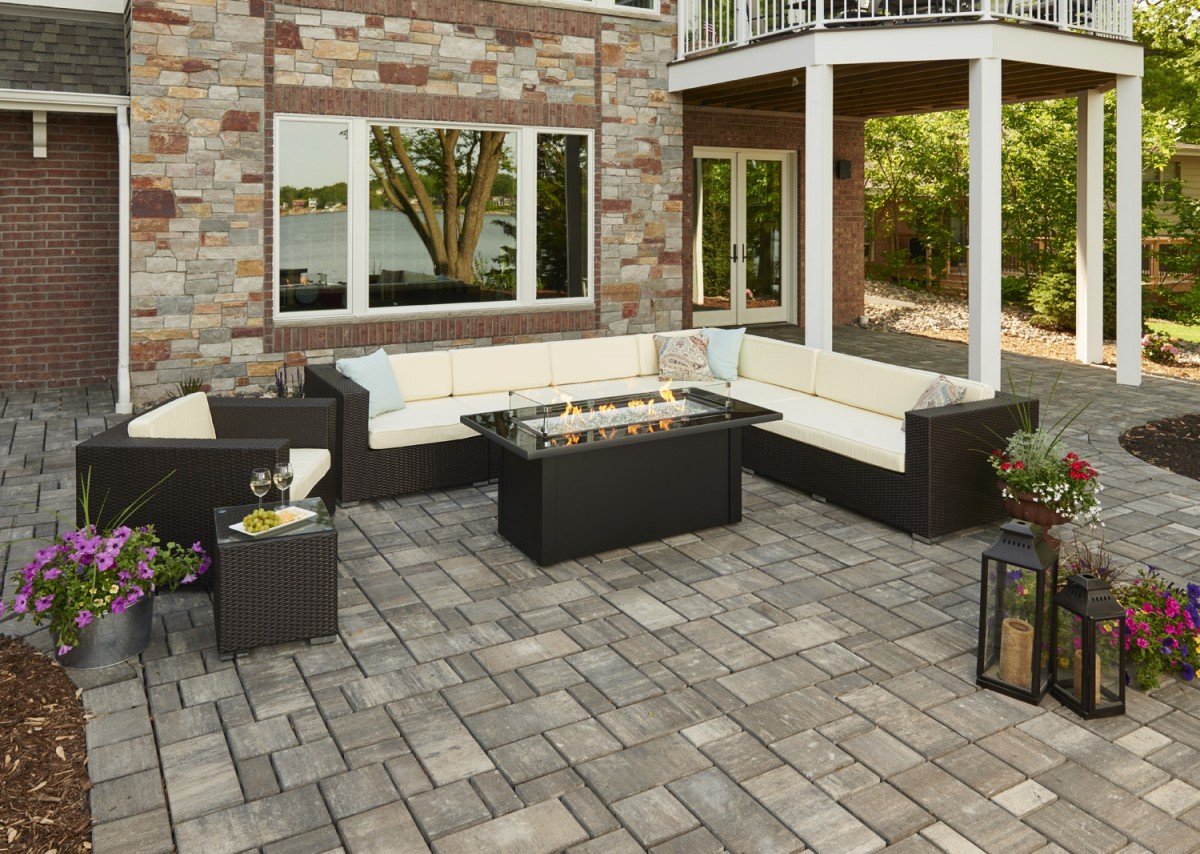 outdoor fire pit for your home   Outdoor Greatroom Company Monte Carlo Fire Pit Table ...