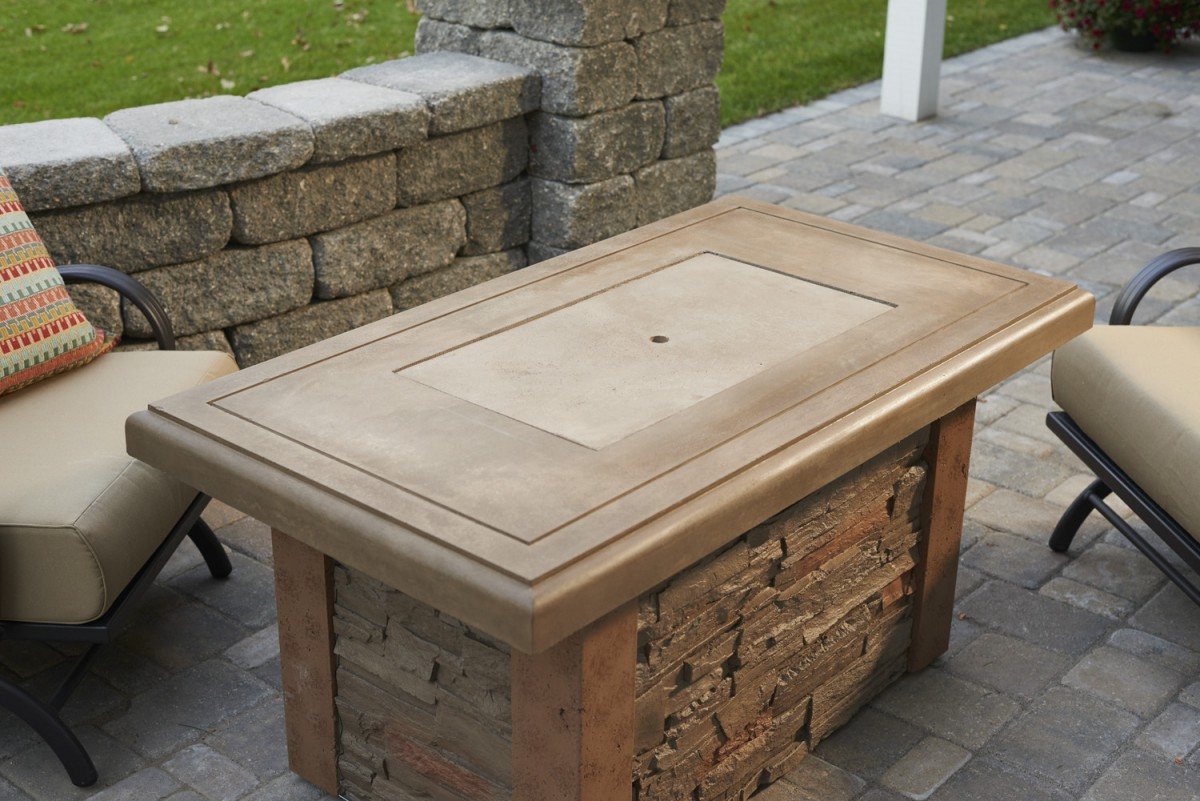 Outdoor Greatroom Company Linear Sierra Fire Pit Table