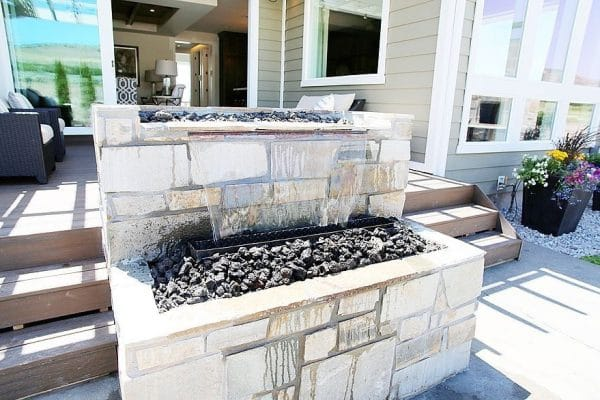 kPlatinum-Ledgestone-Squares-Recs-66-6458-Carrack-Way-Highland-600x400